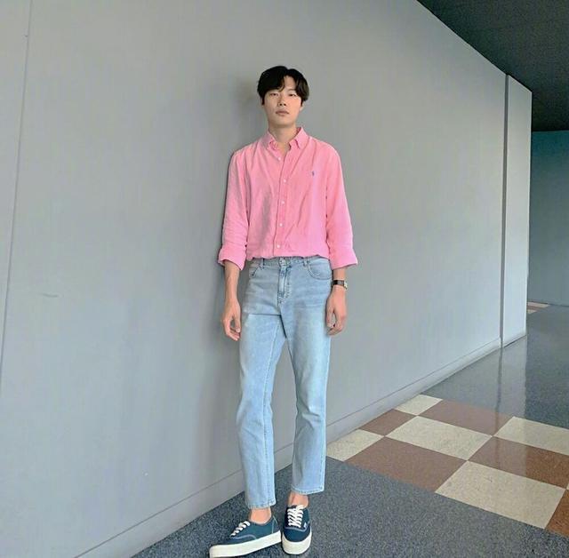 """""""丑帅男神""""柳俊烈的时尚逆袭,教你变成韩系帅哥"""